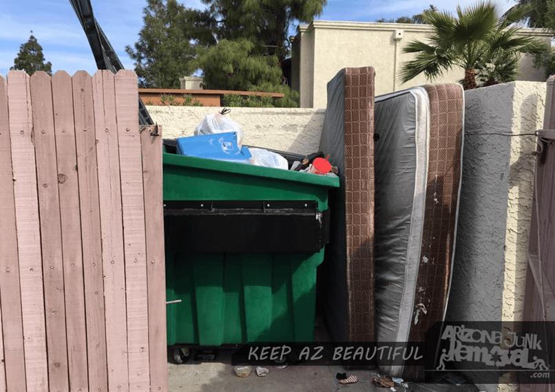 illegal-mattress-dump-806x570