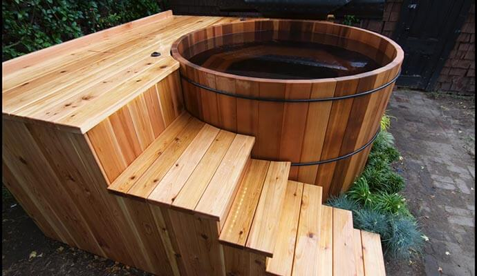 hhot tub wooden insulation