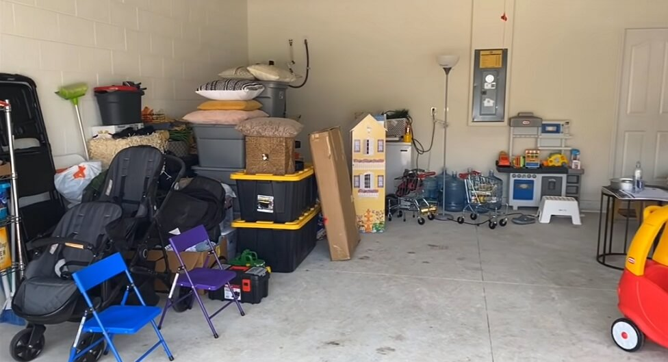 home garage filled with households things