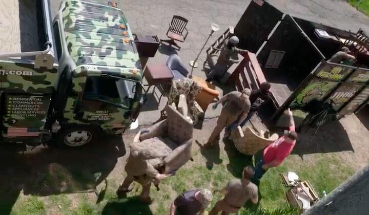 crew loading up trucks